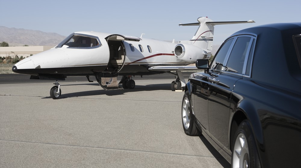 Private_jet_limo